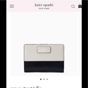 Stunning Kate Spade 2-Tone B&W Wallet—NWT